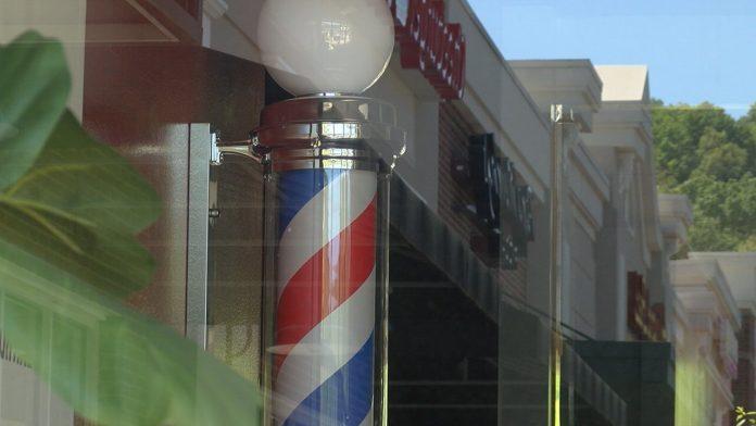 Huntsville stylists and barbers still helping customers during coronavirus closure