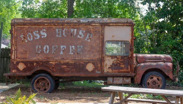 Coffee shops create sense of 'normalcy' amidst coronavirus shutdown