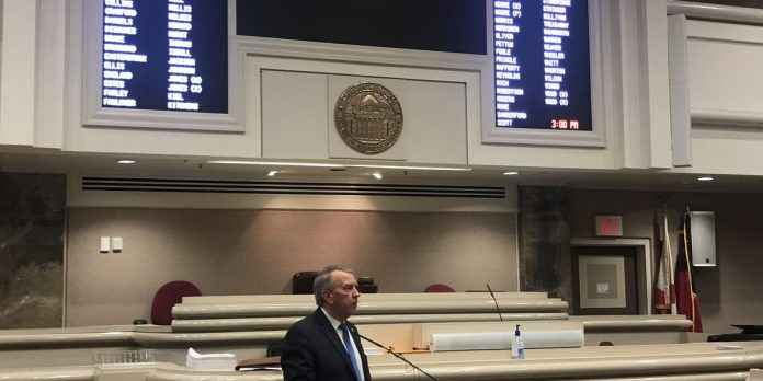Stripped-down legislative session to resume May 4
