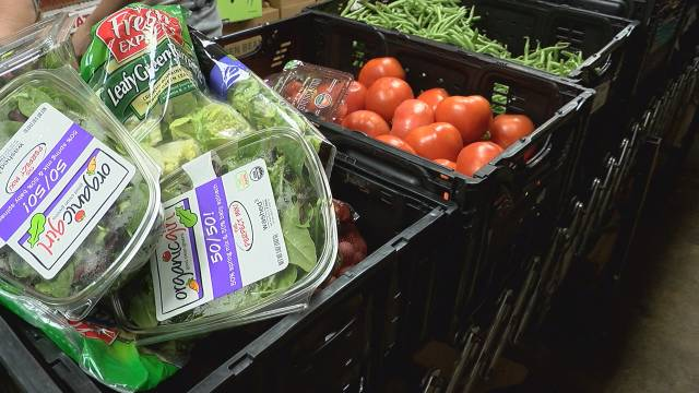 Take 5 to Give $5: Huntsville food distribution center helps families during coronavirus pandemic