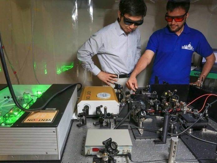 Unique Spectrometer Developed At UAH Finds Ultrafast Aspect Of Gallium Arsenide