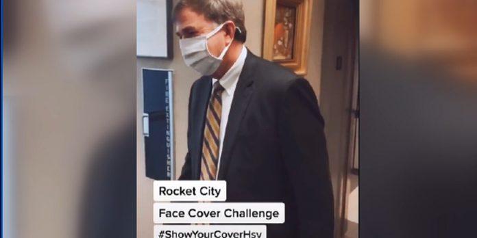 Huntsville Mayor Battle issues Face Cover Challenge