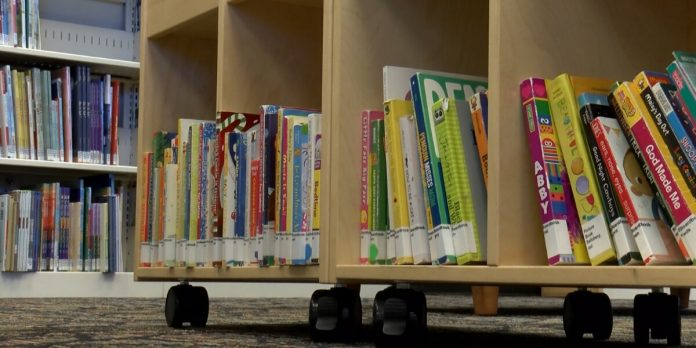 Huntsville-Madison County Public Library offers curbside service