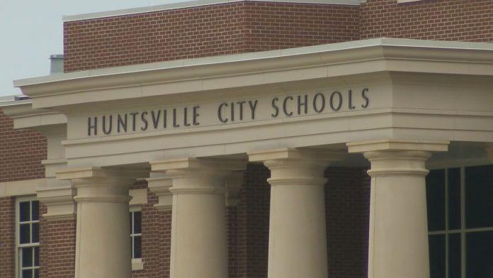 Huntsville City Schools looks to hire more teachers