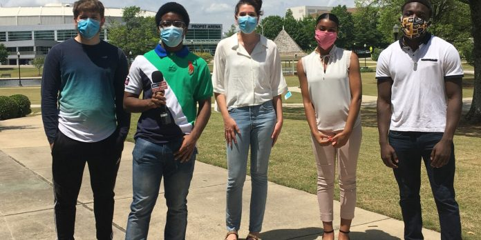Huntsville Cap and Gown students receive full academic scholarships