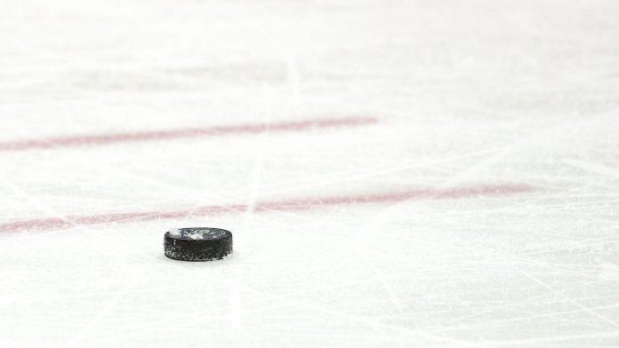 Alabama-Huntsville hockey saved by $500K in donations