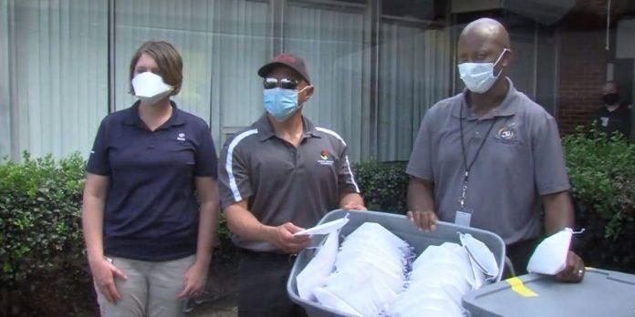 Toyota Alabama donates 5,000 face masks to Huntsville City Schools