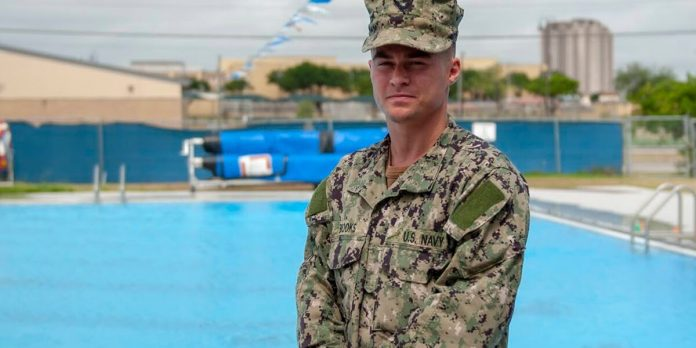 Huntsville native training with U.S. Navy to fight COVID-19