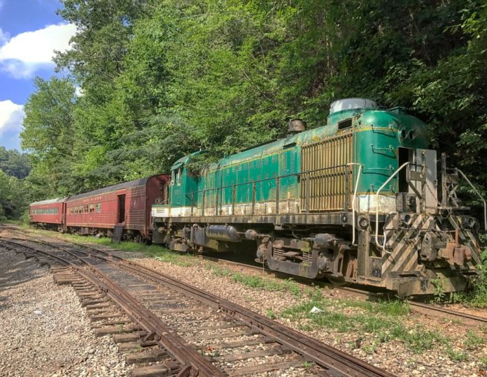 Talks heat up of saving Tennessee Railroad as an excursion line