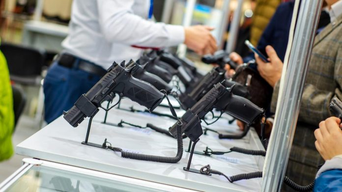 Remington Arms declares bankruptcy despite surging gun demand