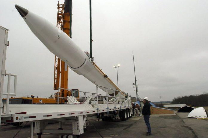 Pentagon gives Boeing $150M for missile program managed in Alabama