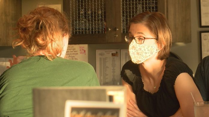 Huntsville bar and restaurant says mask mandate is helping business