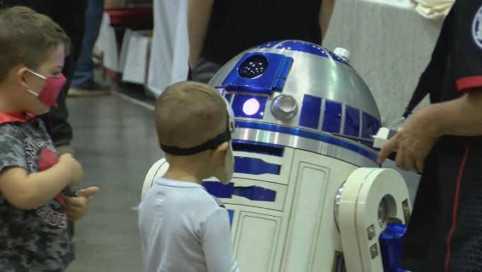 Huntsville Comic and Pop Culture Expo kicks off at the Von Braun Center