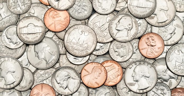 Restaurants face a new pandemic headache: Coin shortages
