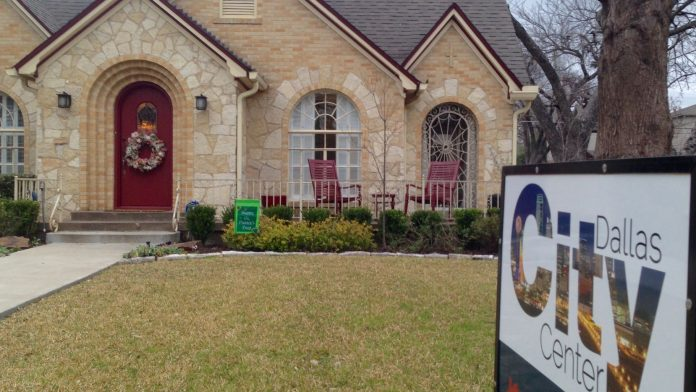 Home prices headed up in D-FW and U.S.