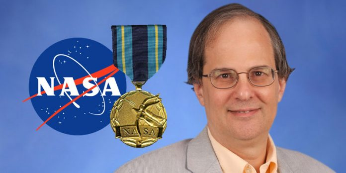 NASA awards its Exceptional Public Achievement Medal to Dr. Michael Briggs