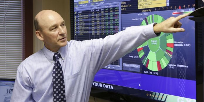 UAH professor says most retirement investors should stay the course in market swings