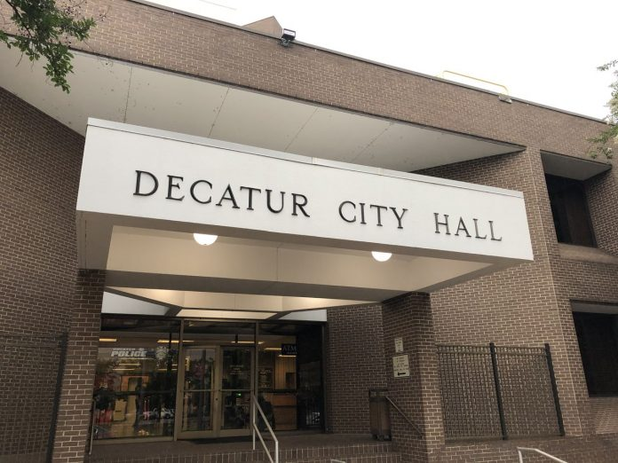 Will Decatur re-elect mayor for first time in 21st century?
