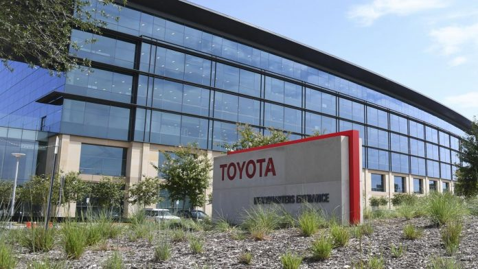 Toyota makes more leadership changes in Plano as key executive retires