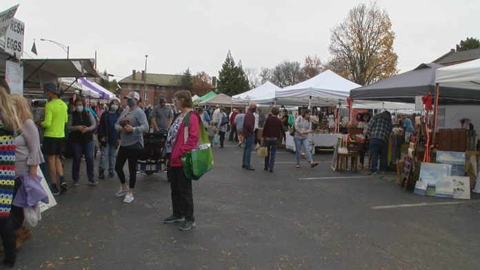 North Alabama small business owners thankful for holiday market in Huntsville