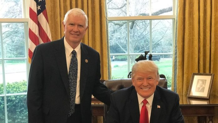 Mo Brooks embraces controversy as he leads longshot fight for Trump