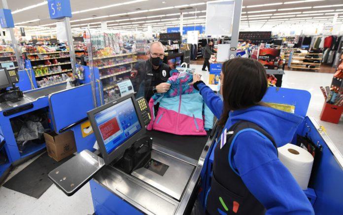 Walmart closing Huntsville location for deep cleaning