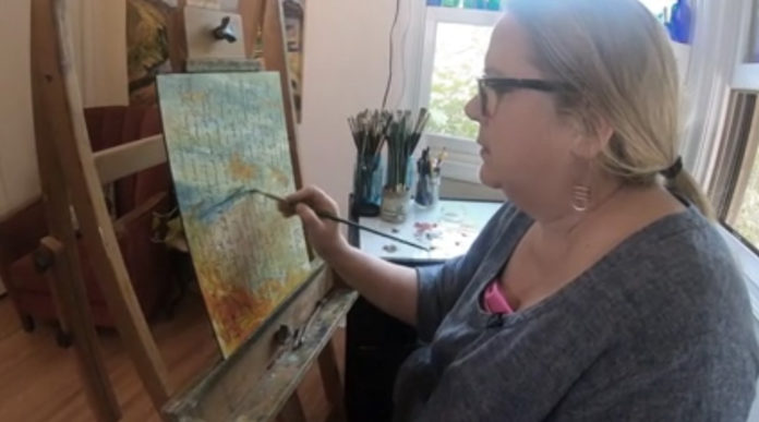 Artist hopes her work gives people a virtual hug