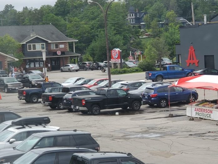 Owner withdraws offer to lease parking lot to the Town during Main Street reconstruction project