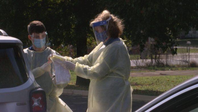 Huntsville clinic hosting drive-up coronavirus testing in December