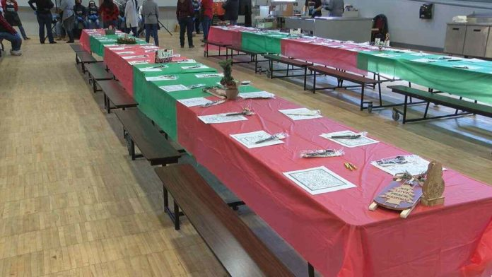Huntsville Downtown Rescue Mission serves 200 Christmas lunches