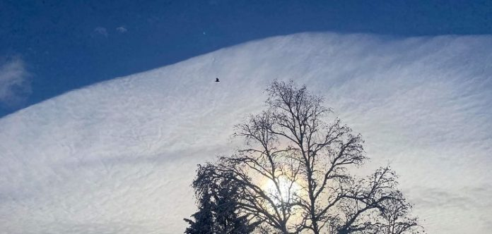 Local resident delighted by unusual cloud formation