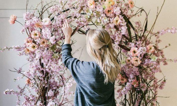 Huntsville's Kettering offers flower shop, Canadian gifts on Main Street