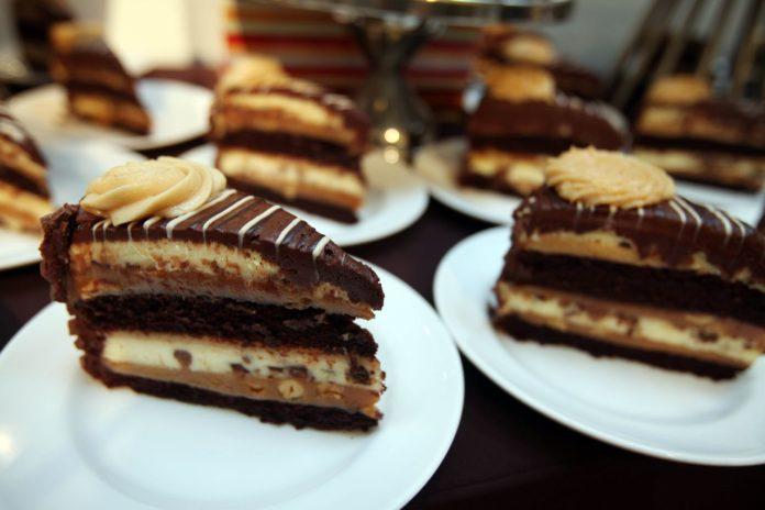 Cheesecake Factory opening timeframe for Bridge Street