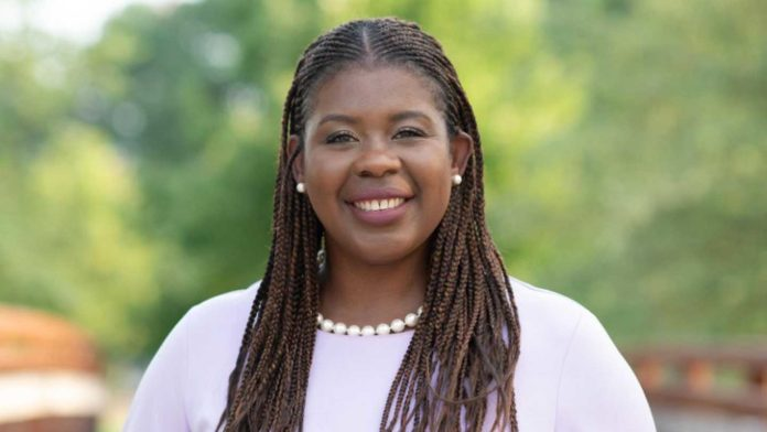UAH alumna Violet Edwards is elected to Madison County Commission