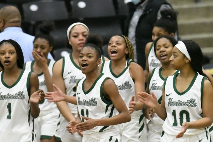 Huntsville ends playoff woes with bi-district win over Texas High